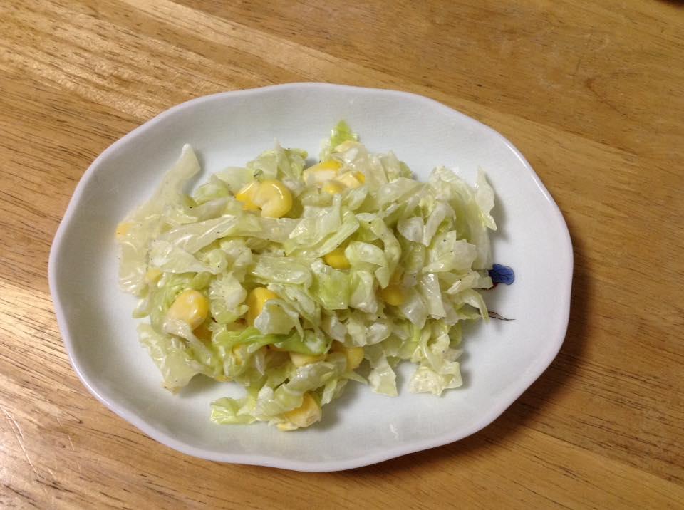 キャベツのサラダ2種