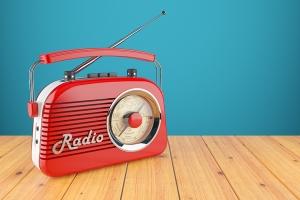 ラジオを聴く